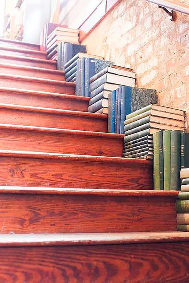 What-Try-Staircase-Storage