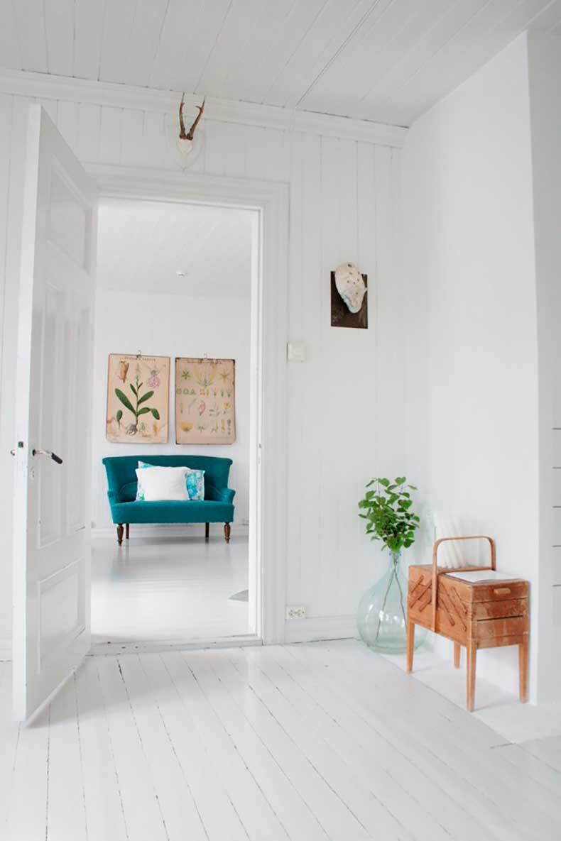 design-vox-2011-03-15-Norwegian-architect-designer-Jeanette-Lunde-home-Remodelista-3