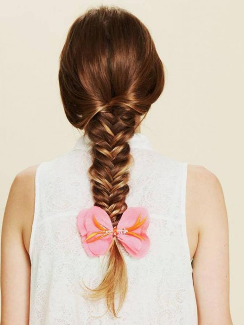 fishtail-braid-cute-hairstyles-for-school-teenage-girl-500x6