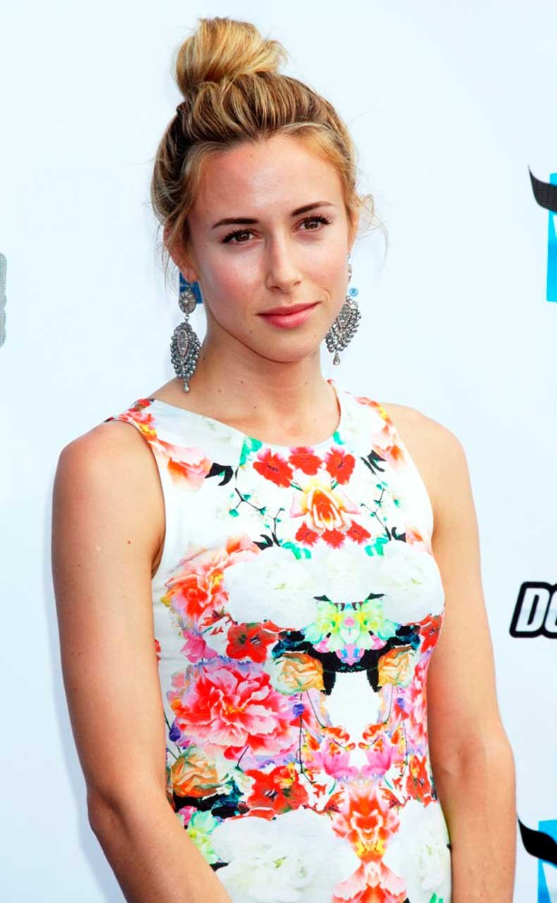 gillian-zinser-2012-do-something-awards-01