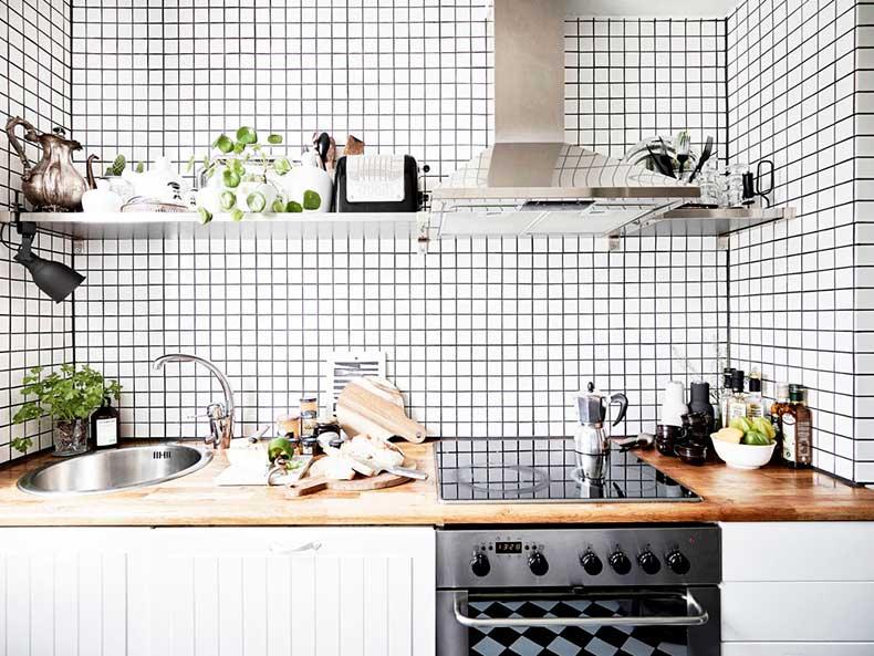 oracle-fox-sunday-sanctuary-small-house-tiny-spaces-minimalist-white-interior-scandinavian-style-11