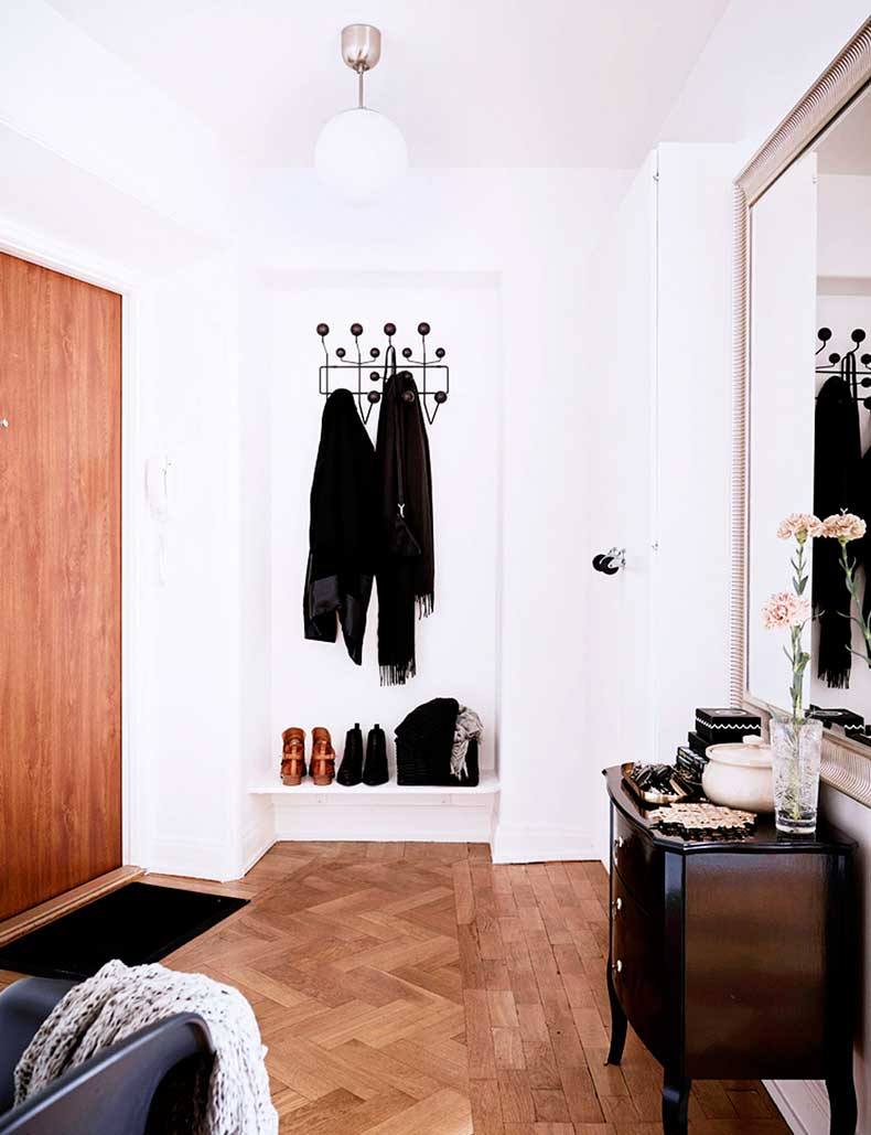oracle-fox-sunday-sanctuary-small-house-tiny-spaces-minimalist-white-interior-scandinavian-style-4