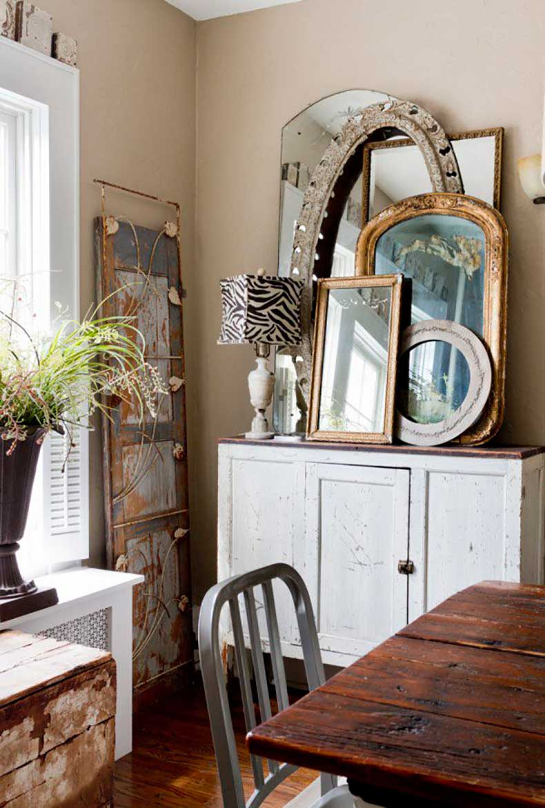 Joanna-Madden-Dining-Room-Rikky-Snyder-Photography-Style-Me-Pretty-Living-Home-Tour-Vintage-Mirrors-600x889
