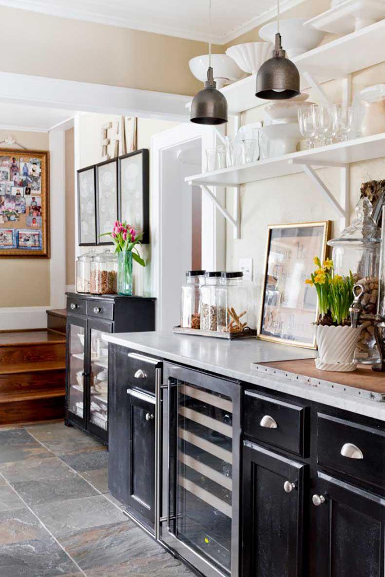 Joanna-Madden-Kitchen-Rikki-Snyder-Photography-Style-Me-Pretty-Living-Cottage-Home-Tour-Vintage-600x899