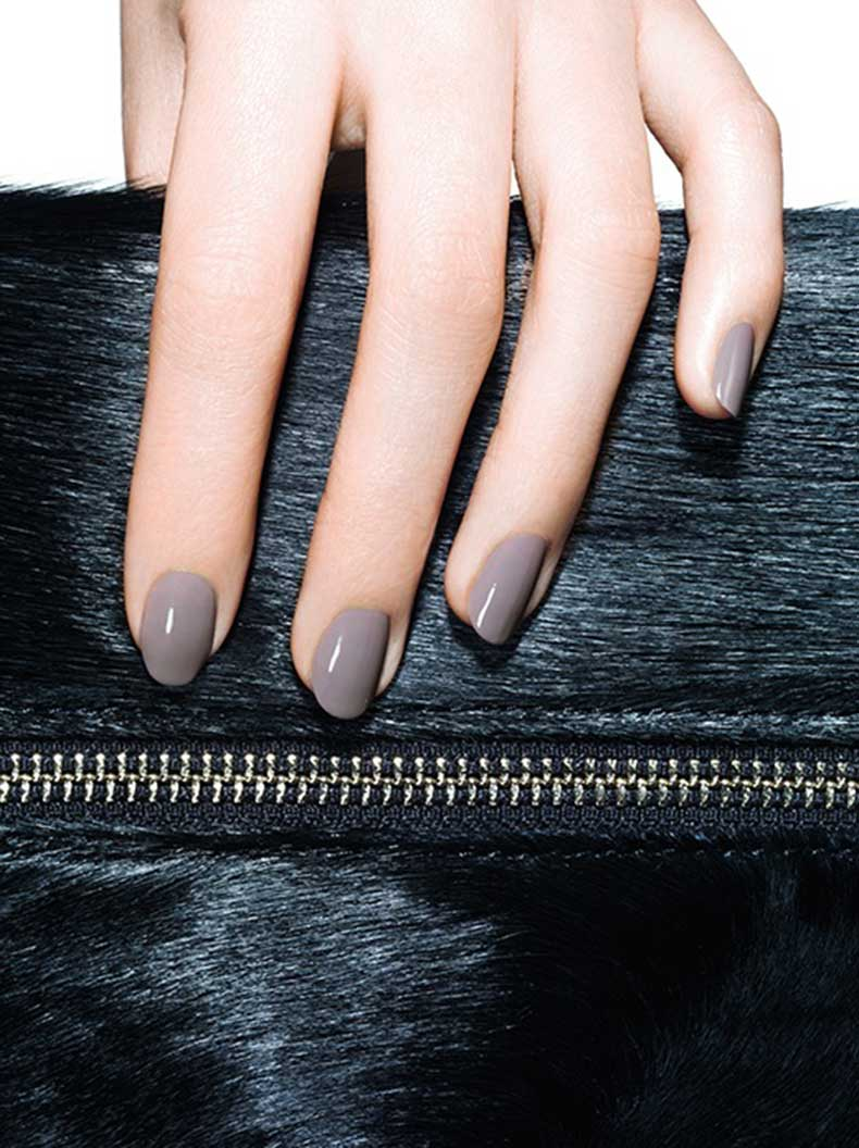 Le-Fashion-Blog-Glossy-Grey-Nails-Purple-Gray-Nail-Polish-Manicure-Essie-Chinchilly-Ponyhair-Clutch-Bag