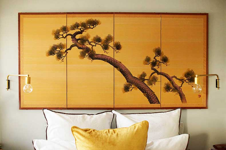 Nothing-makes-bedroom-like-unique-headboard