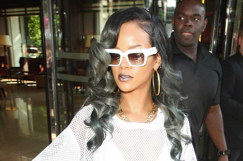Rihanna-is-seen-here-leaving-her-London-hotel-45-park-lane