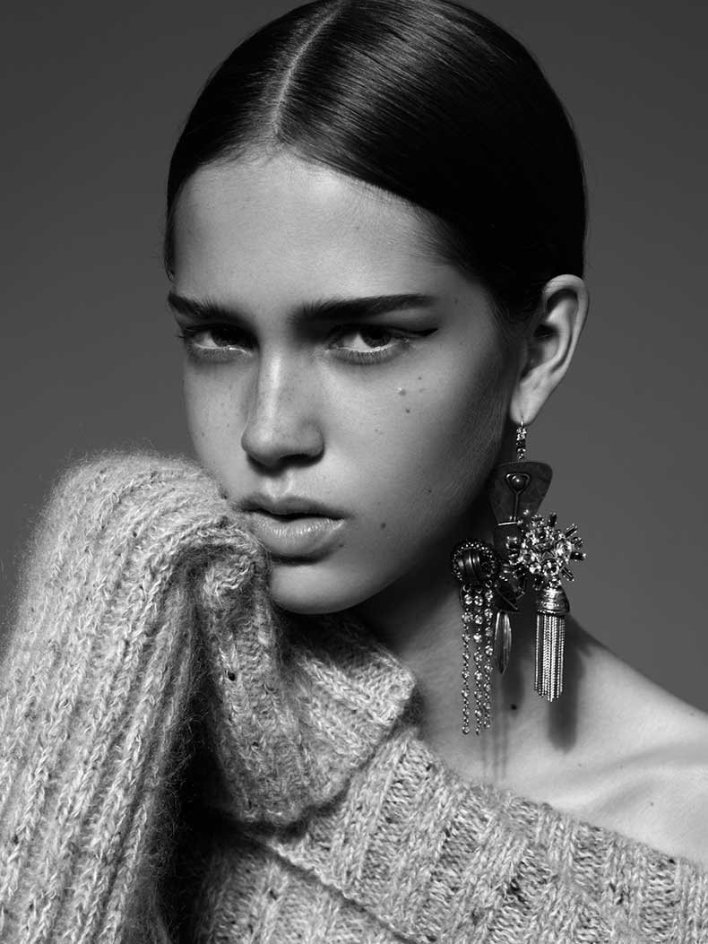 cr-fashion-book-celine-earring-photographed-by-alexandra-utzmann