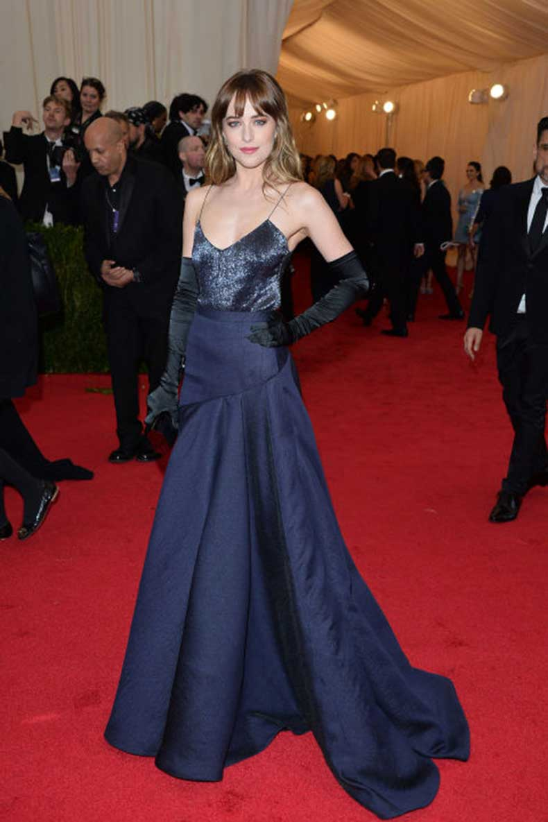 elle-4-dakota-johnson-met-gala