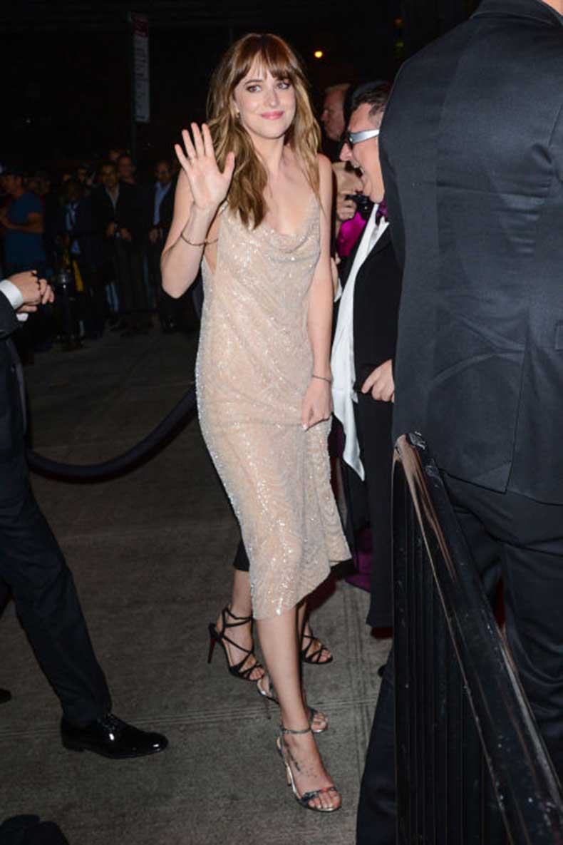 elle-5-dakota-johnson-met-after-party