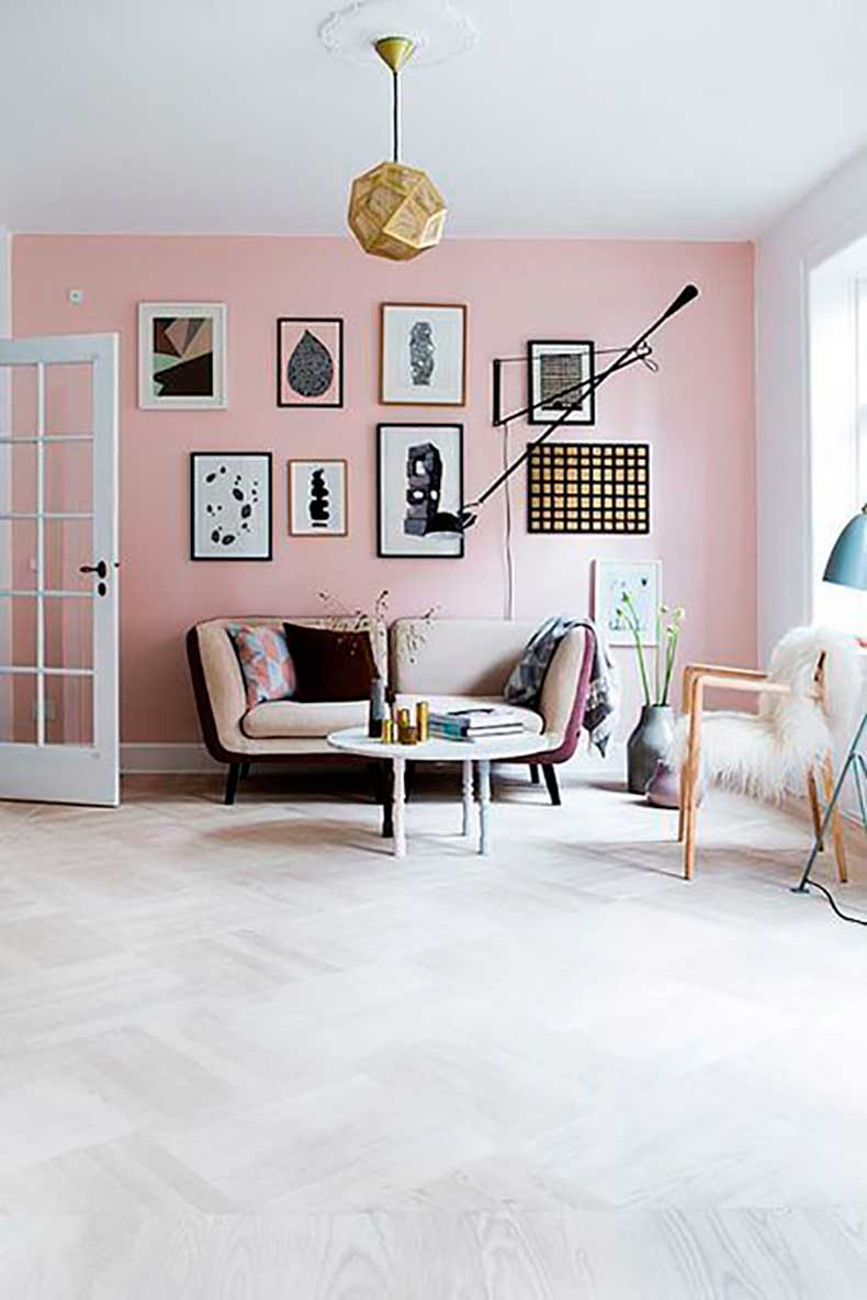the-accent-wall-in-soft-pink-does-a-lot-for-this-contemporary-interior-via-suburbiaamericana