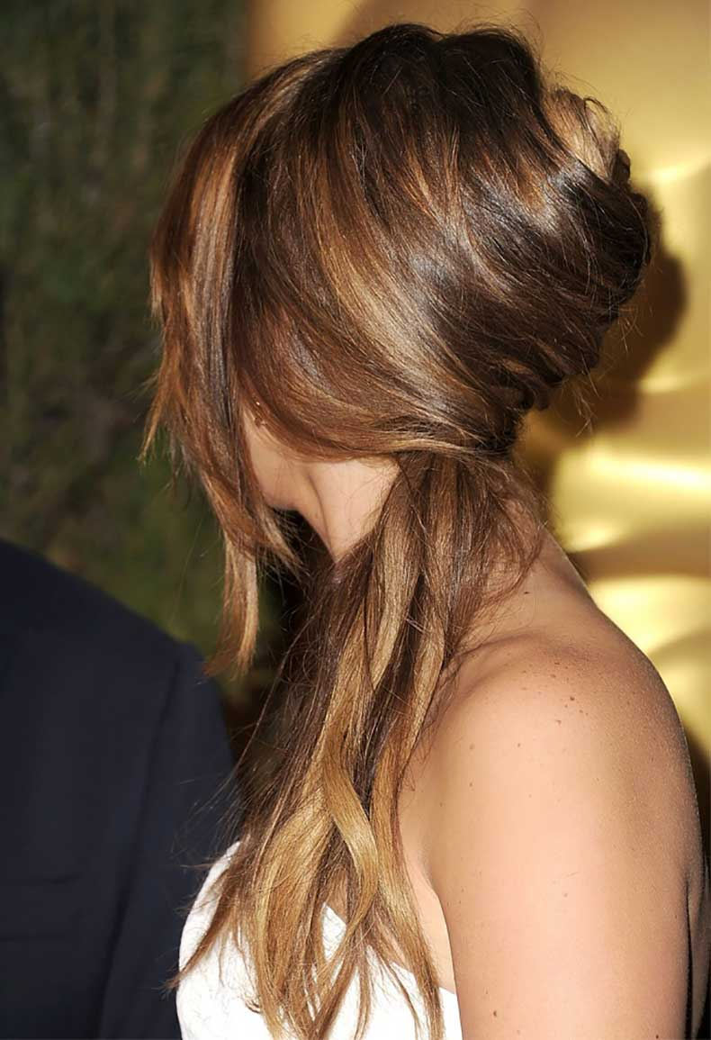 2-Le-Fashion-Blog-Hair-Inspiration-5-Inspiring-French-Twist-Ponytails-Ponytail-Jennifer-Lawrence-Via-Daily-Makeover