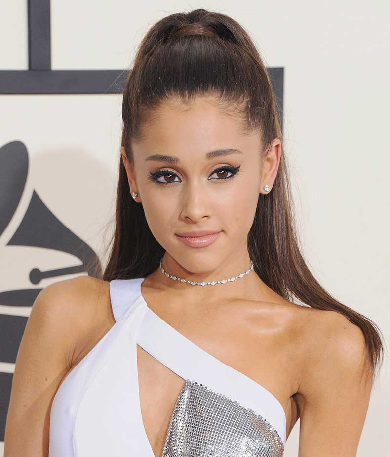 Ariana-Grande-Showed-Up-Wearing-One-Grammys
