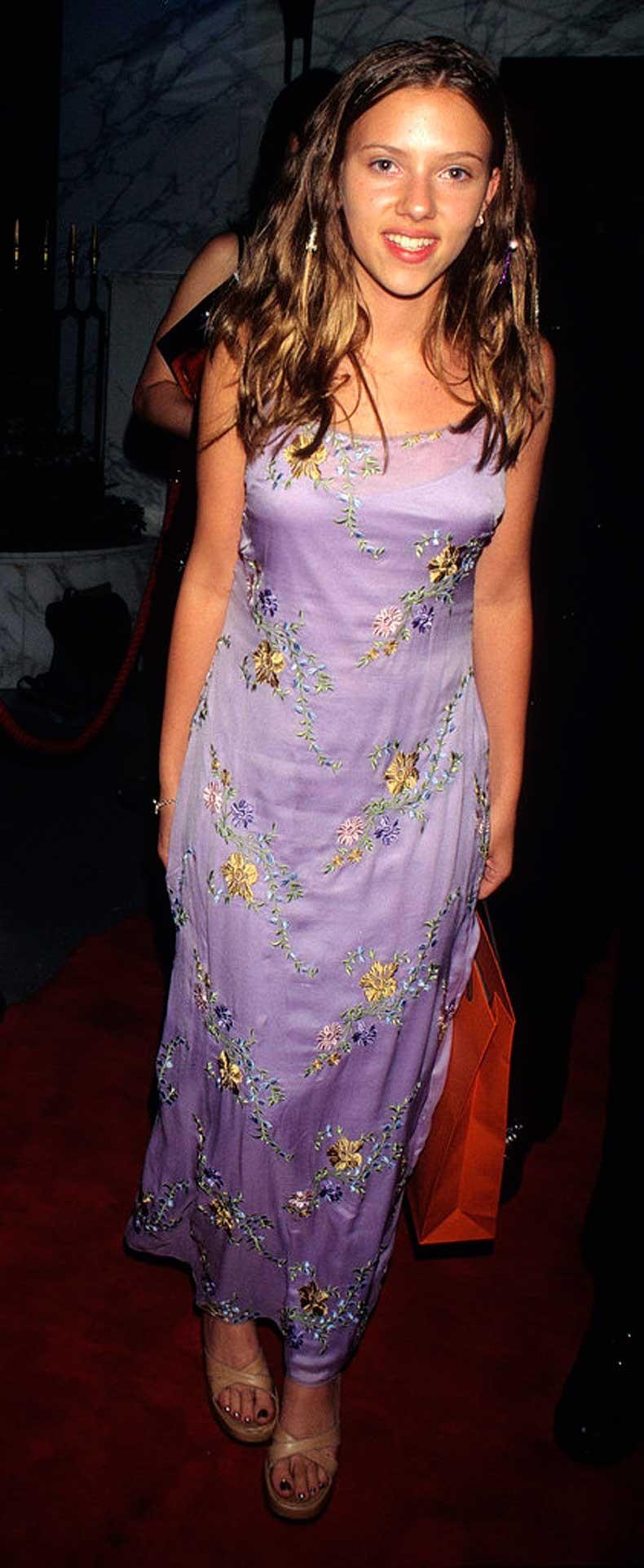 Scarlett-Johansson-1998