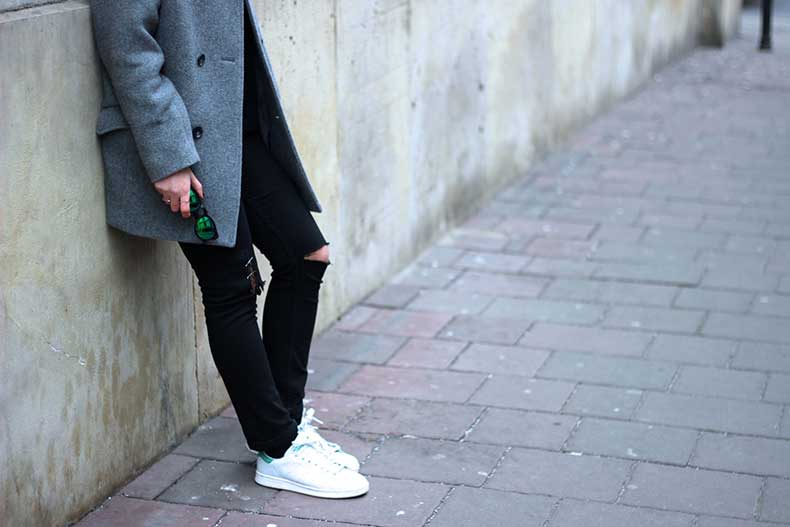 acne-black-jeans-stan-smith-adidas-trainers