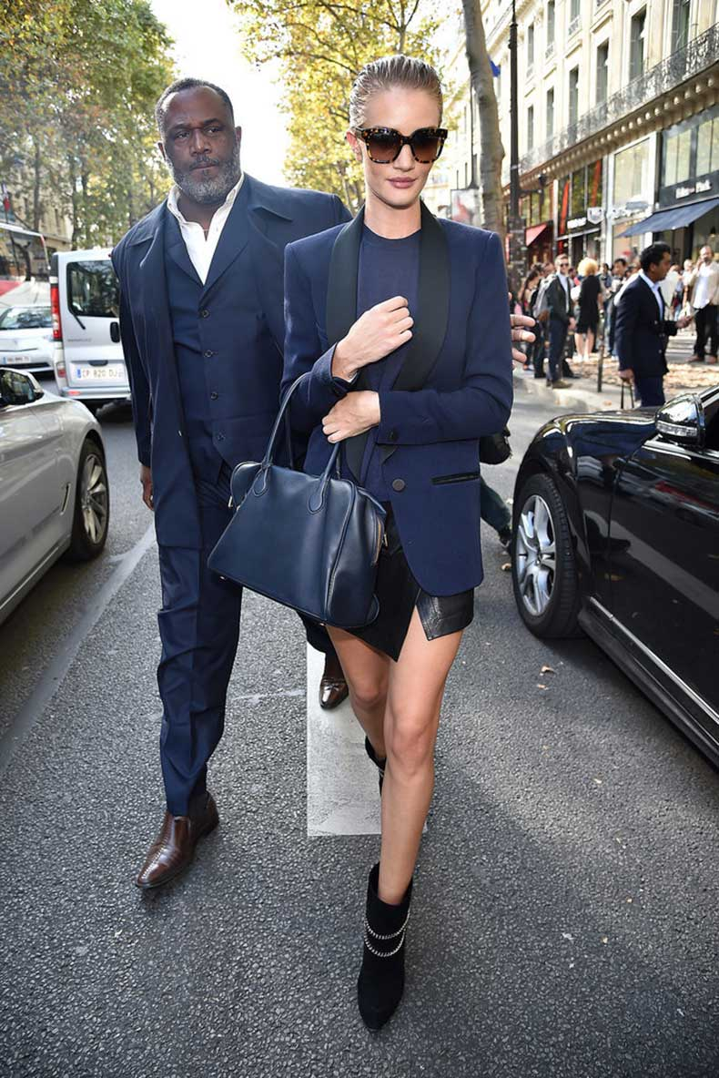 black-leather-mini-made-Rosie-Huntington-Whiteley-navy-blues-feel