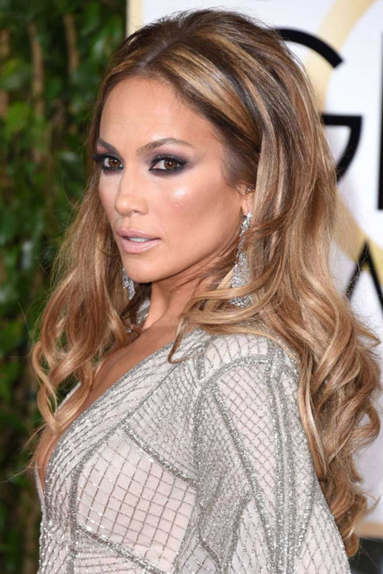 elle-15-jennifer-lopez-highlights