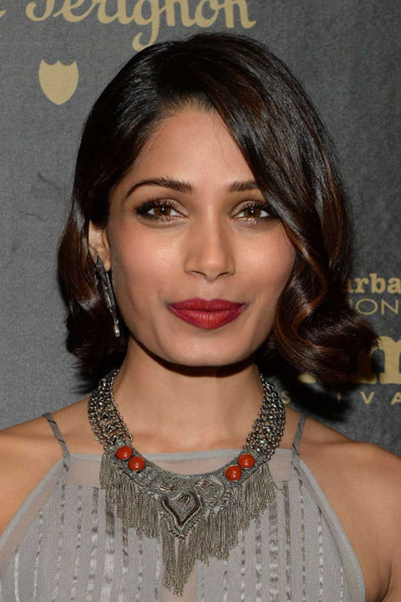 elle-4-freida-pinto-beauty-look