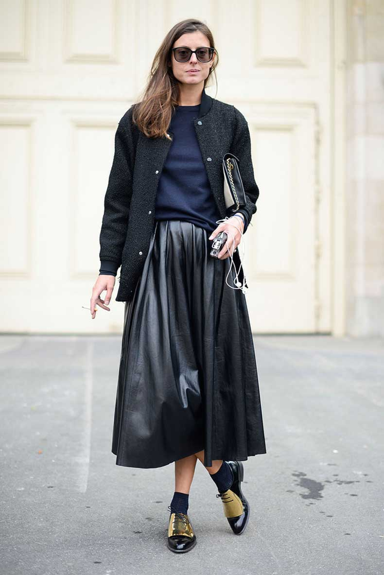 leather-skirt-perfect-way-give-50s-feeling-look