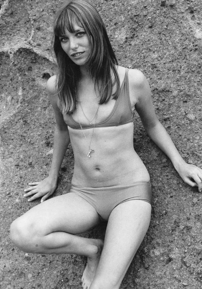 studded-hearts-icon-muse-jane-birkin-70s-bikini