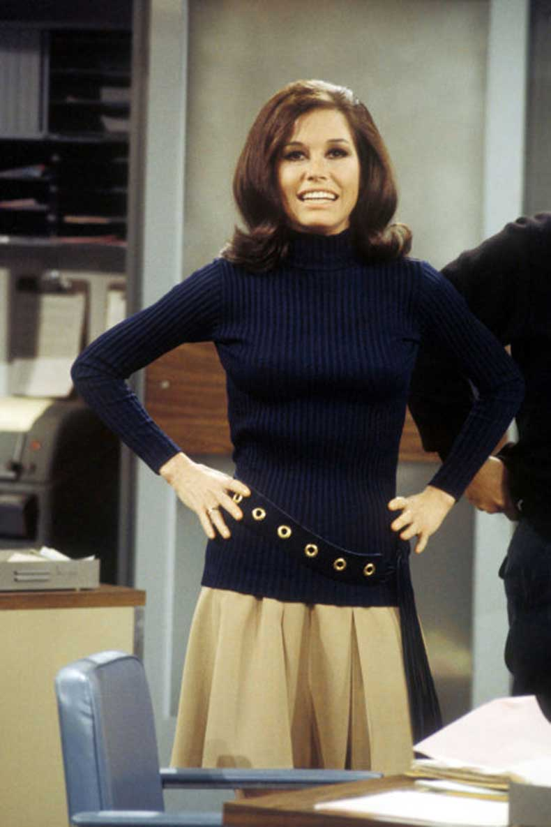 1427221897-54bc20c592369_-_hbz-iconic-tv-wardrobe-mary-tyler-moore