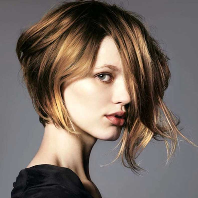 2-Le-Fashion-Blog-20-Inspiring-Short-Hairstyles-Asymmetrical-Hair-Via-Elle-France