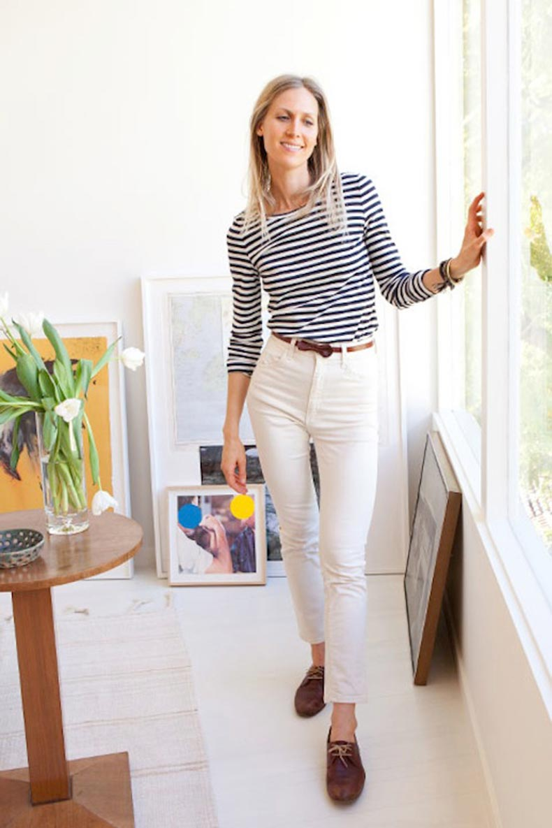 7-Le-Fashion-Blog-30-Fresh-Ways-To-Wear-White-Jeans-Jessica-De-Ruiter-Striped-Top-High-Waisted-Moccasins-Via-Tory-Burch
