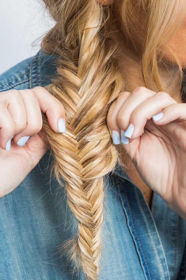 Muss-up-fishtail-braid-too-pulling-edges-apart-slightly