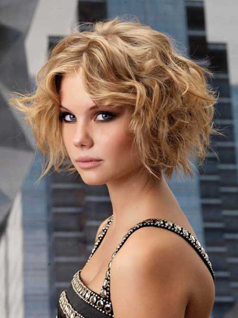 Short-Curly-Hairstyles-Back-View