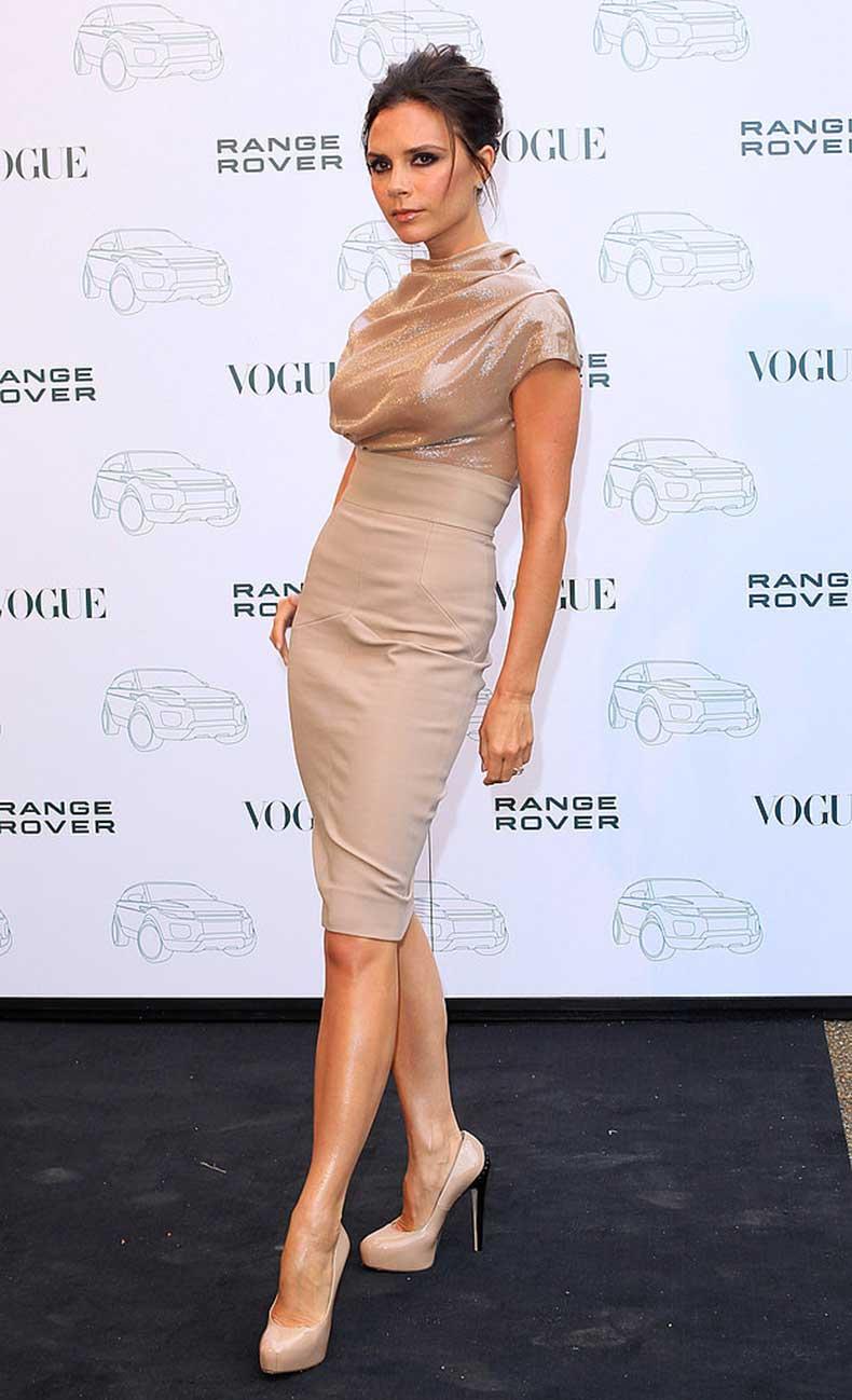 Victoria-Beckham-Style-Evolution-30