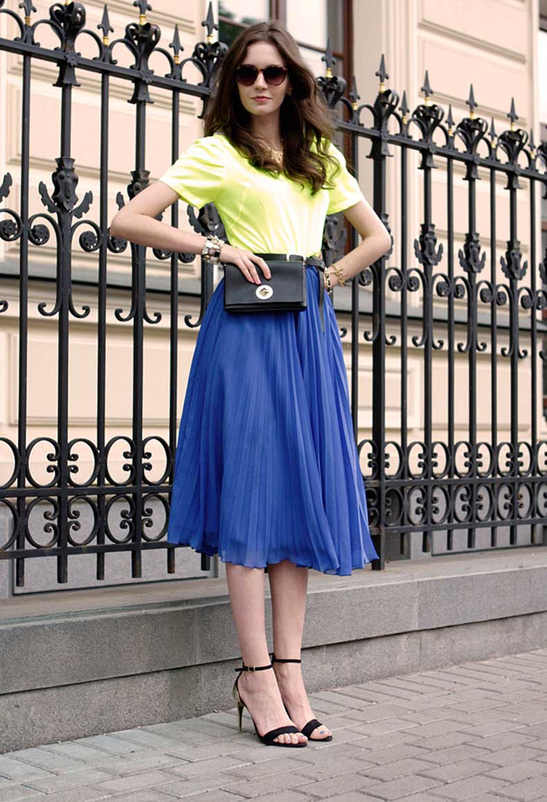 blue-medium-length-skirt