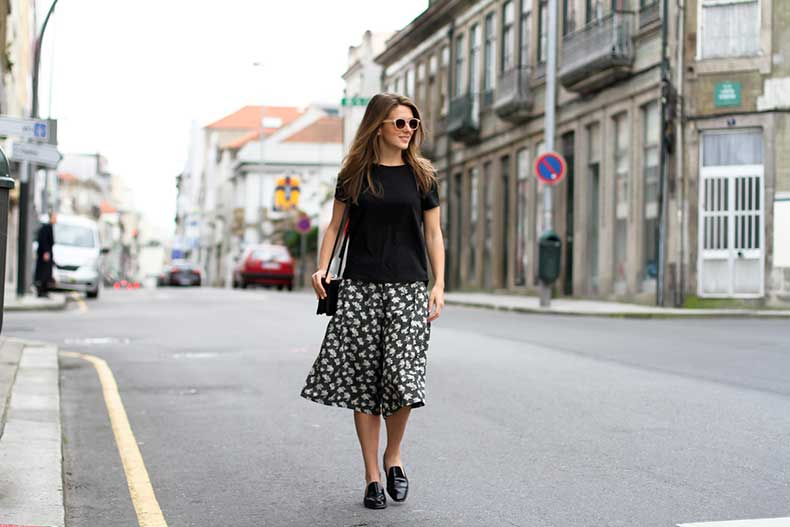 clochet-streetstyle-outfit-porto-portugal-hm-trend-printed-culottes-celine-trio-bag-13