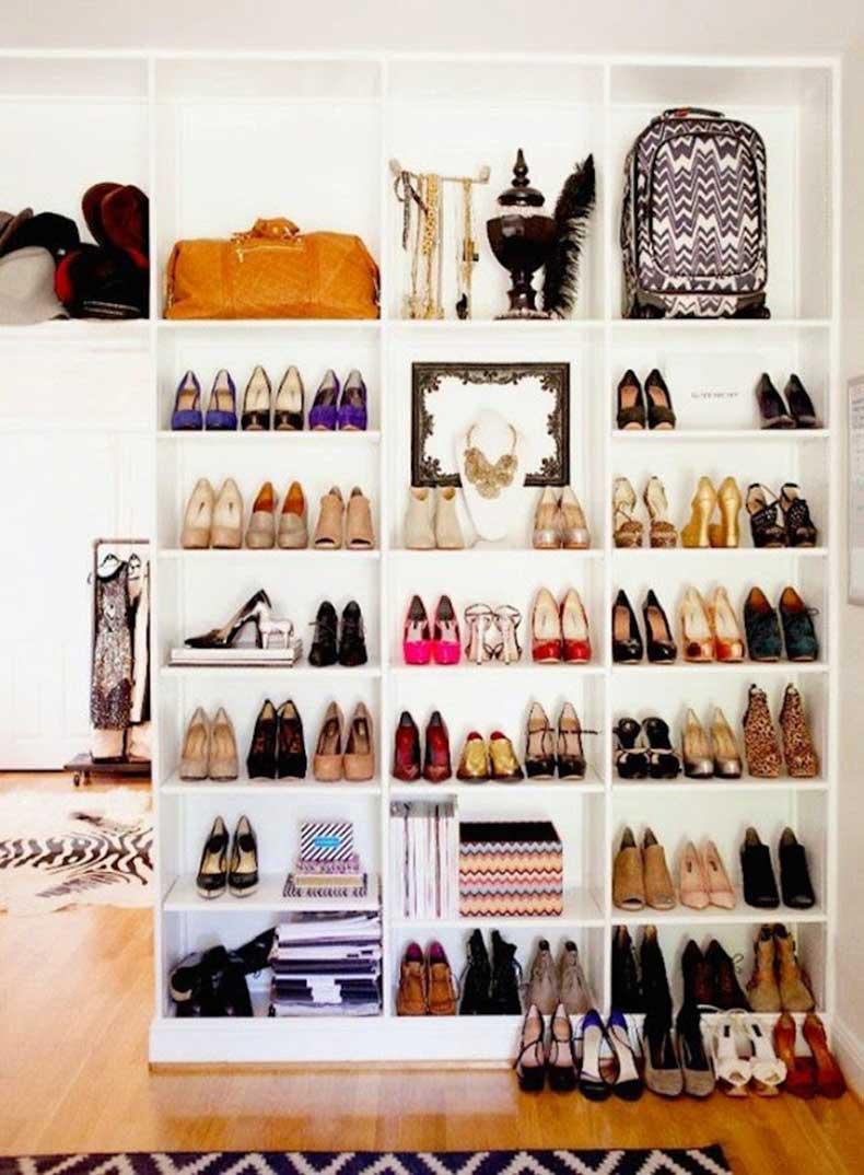 closet-organize-bookcase
