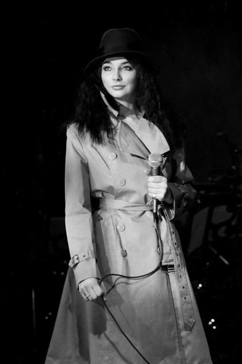 elle-10-kate-bush-trench-coat