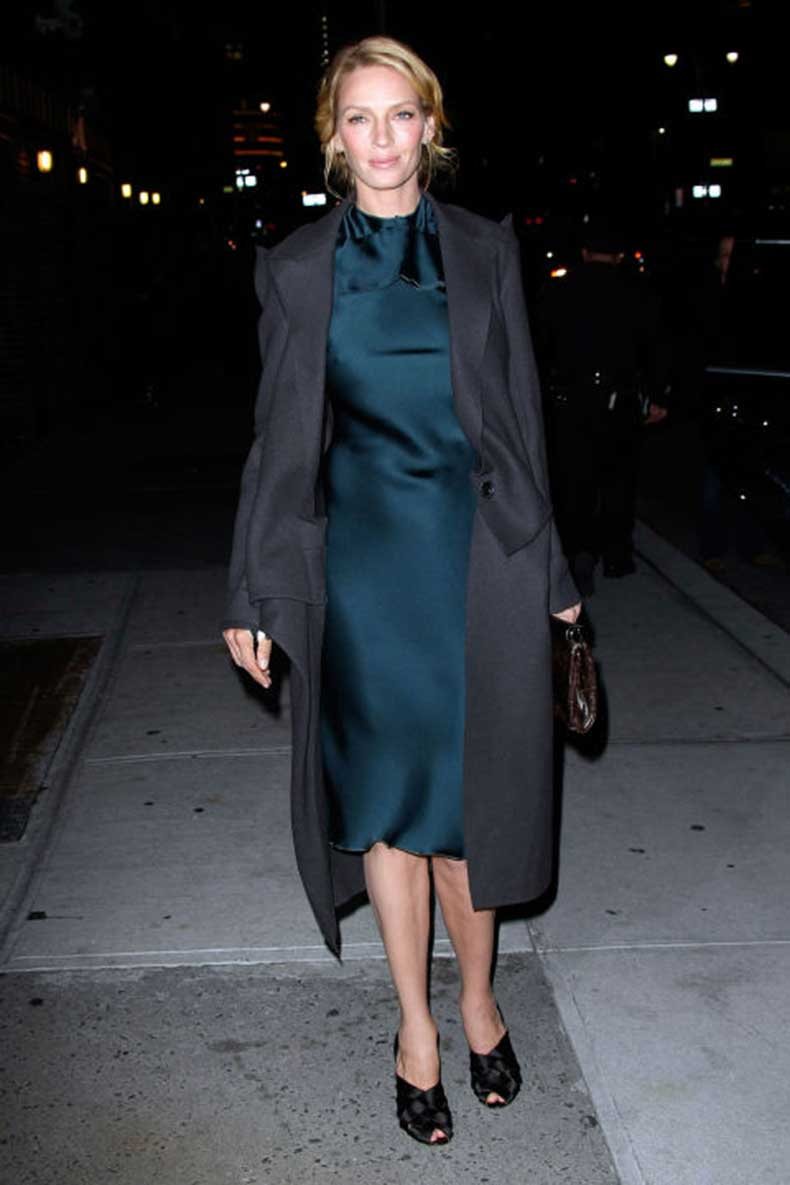 elle-21-uma-thurman-trench-coat