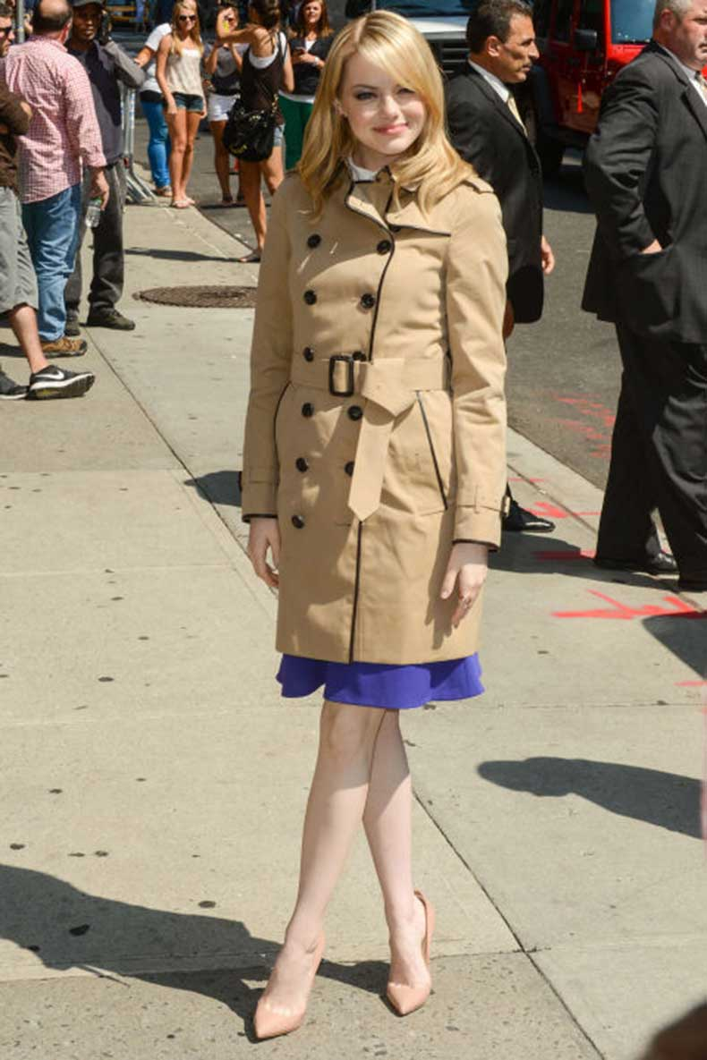 elle-28-emma-stone-trench-coat