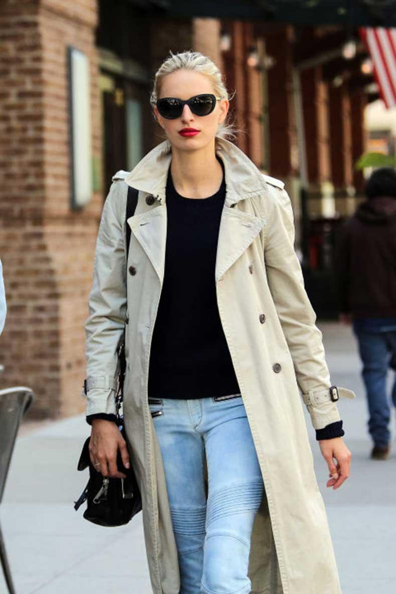 elle-35-karolina-kurkova-trench-coat
