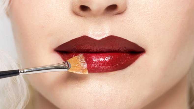 gallery-1429118656-mcx-lips-5