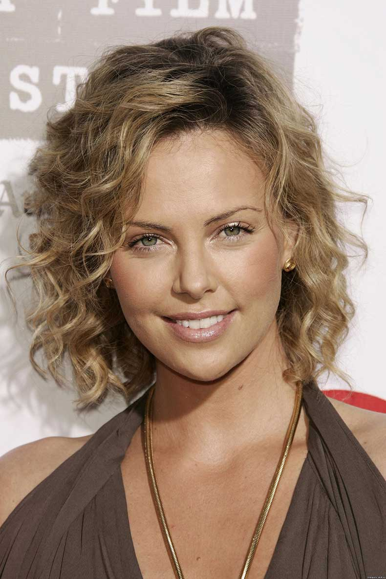 haircuts-for-curly-hair-2014-4