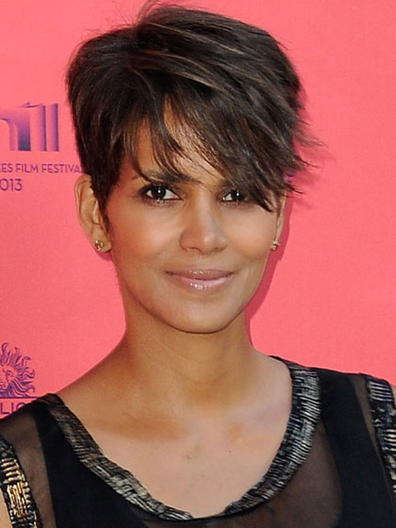 halle-berry-short-haircut