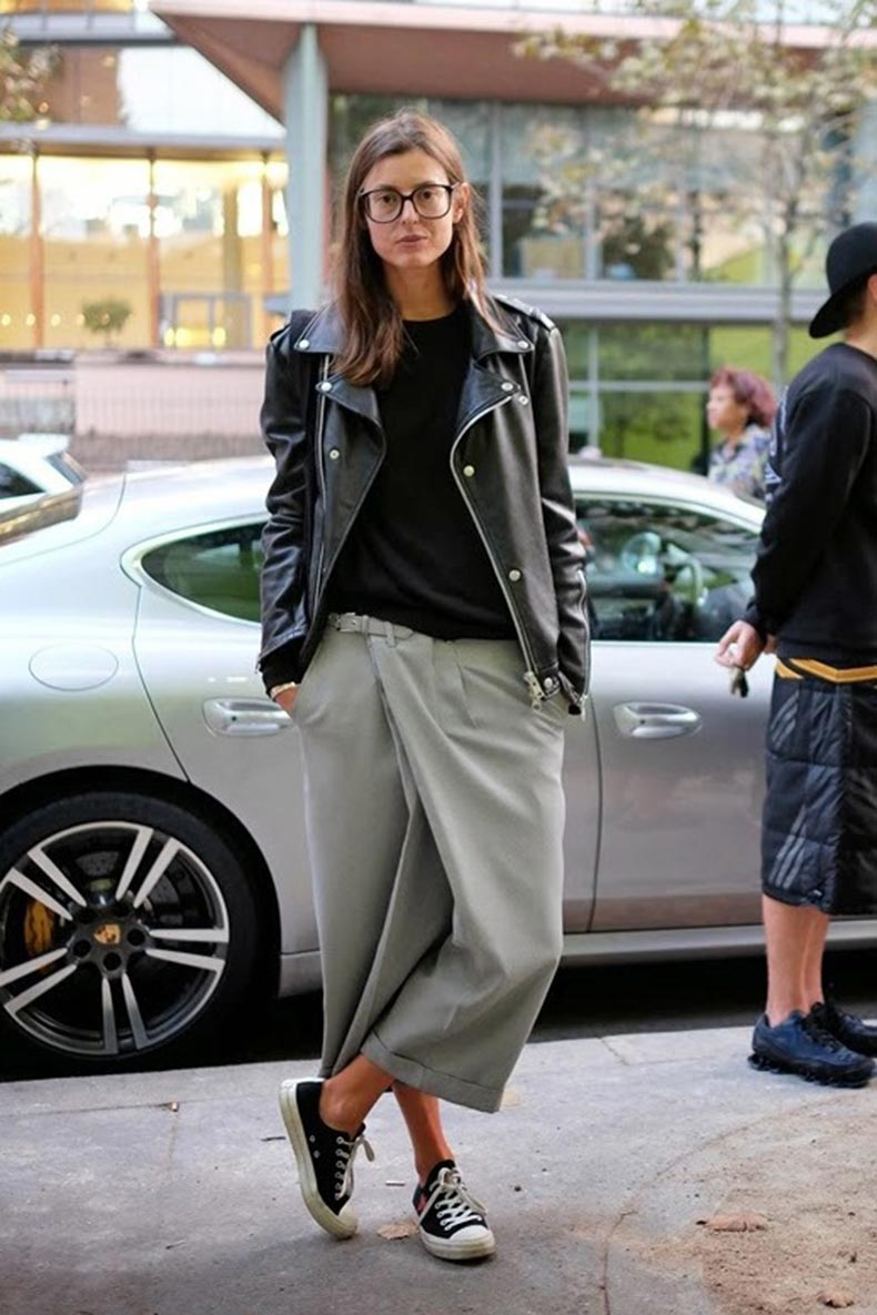 le-fashion-blog-paris-street-style-casual-square-black-frames-leather-moto-jacket-grey-culottes-comme-des-garcon-converse-sneakers1