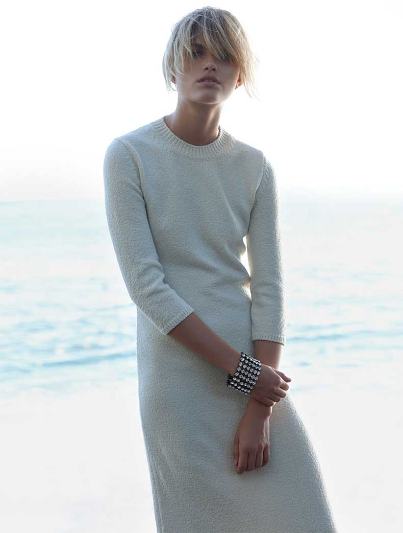 louise-mikkelsen-by-stephen-ward-for-elle-australia-february-2015-Oracle-Fox-winter-knit-editorial-7