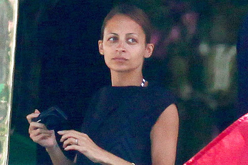 nrm_1423072672-53a013d9d4335_-_cos-05-nicole-richie-no-makeup-de