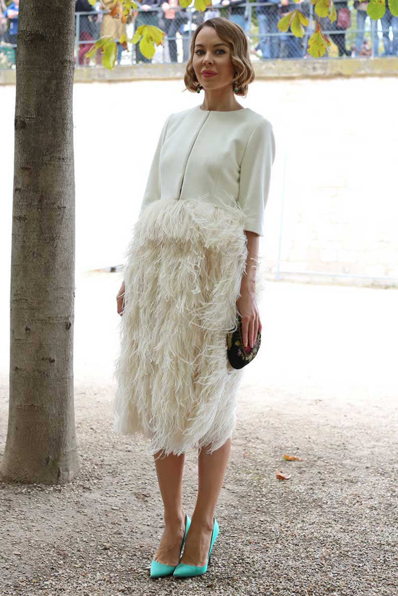 styler-worked-bold-feathered-skirt-contrasting-pumps