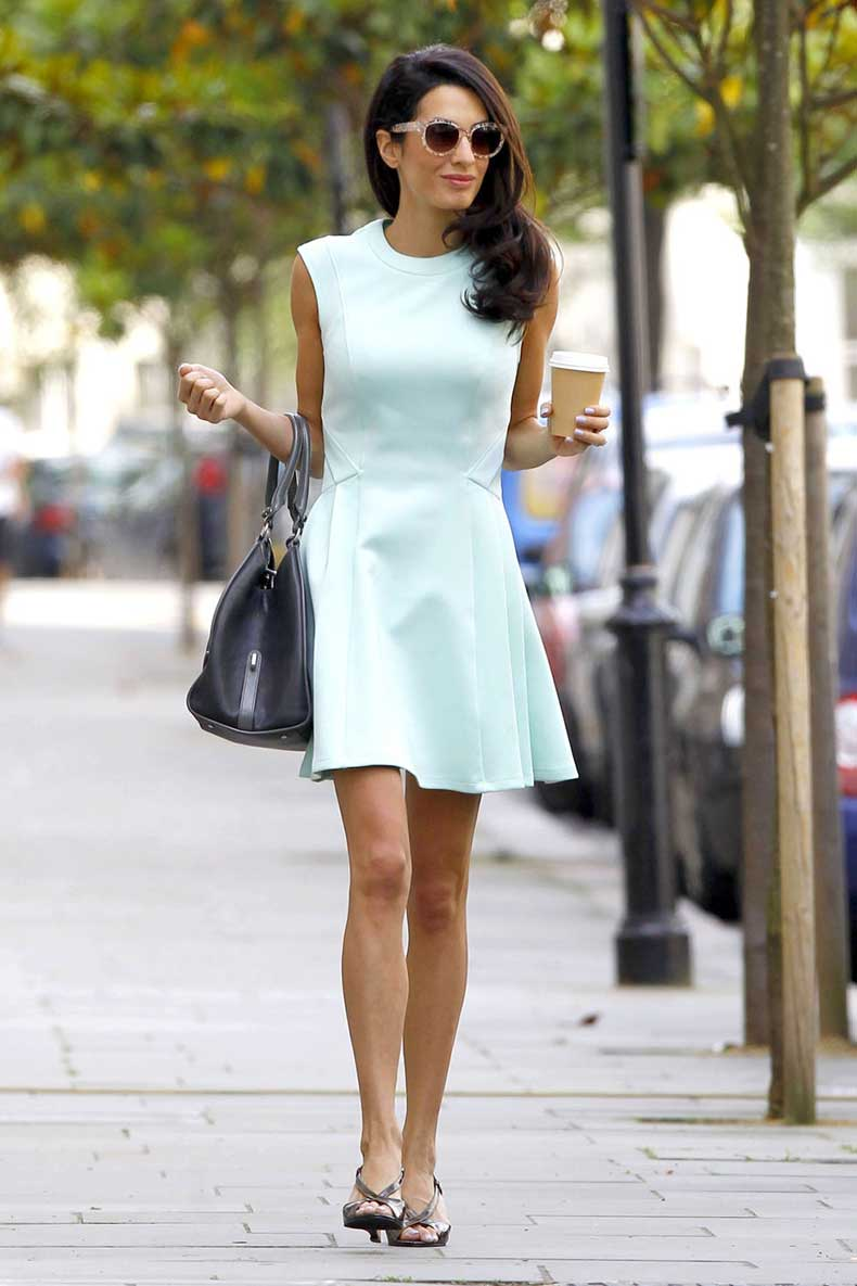 1429290589-hbz-10-ways-to-look-slimmer-amal-fameflynet