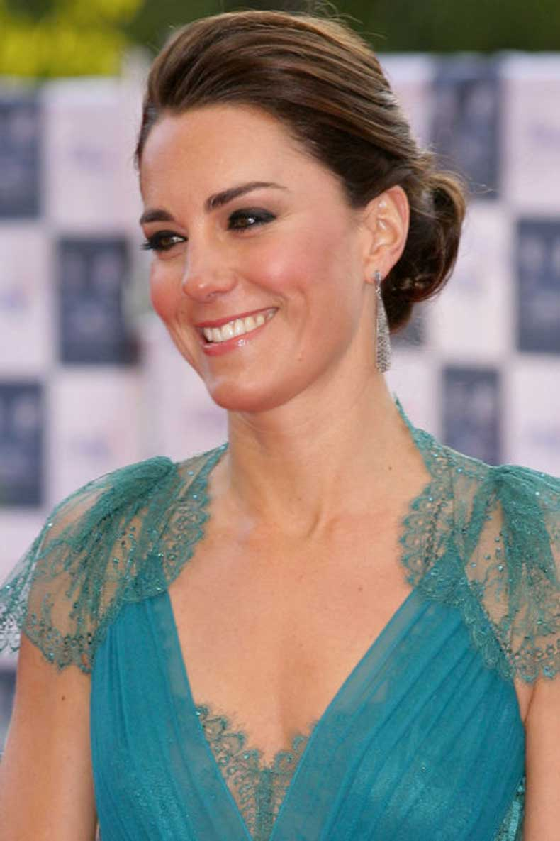 1430499291-hbz-beauty-transformation-kate-middleton-2012-144203795_1
