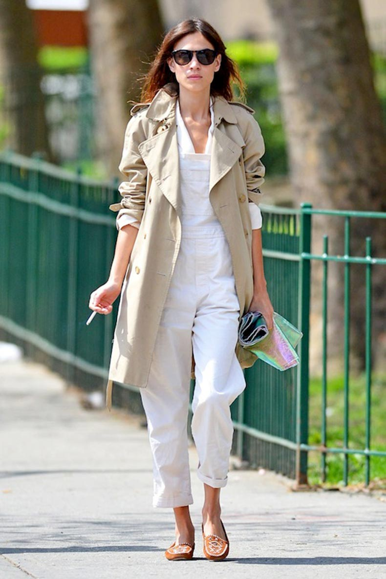 4-Le-Fashion-Blog-17-Ways-To-Wear-White-Overalls-Alexa-Chung-Trench-Coat-Moccasins-Via-Vogue-Spain