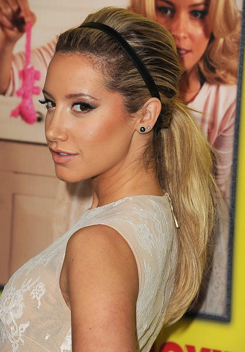 Adding-basic-headband-low-ponytail-like-Ashley-Tisdale-(1)