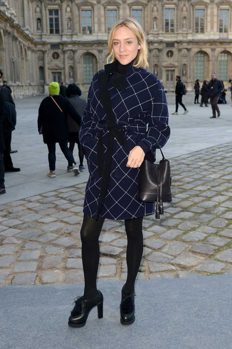 Chloe-Sevigny-Carrying-Louis-Vuitton
