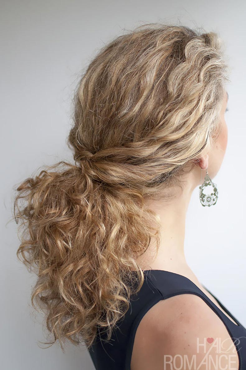 Hair-Romance-Curly-hair-tutorial-Twisted-Ponytail-in-curly-hair